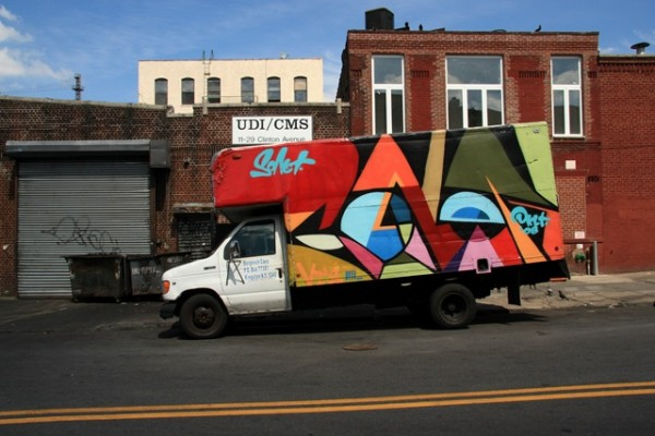 Graff Truck (photo by Luna Park)