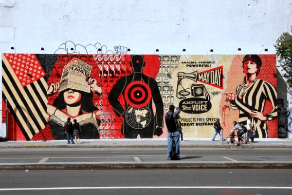 Shepard Fairey/May 2010 (photo by Luna Park)