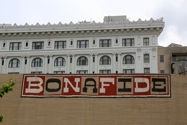 READER: Bonafide (Photo by Luna Park)