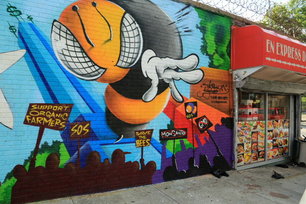 King Bee (photo by Luna Park)